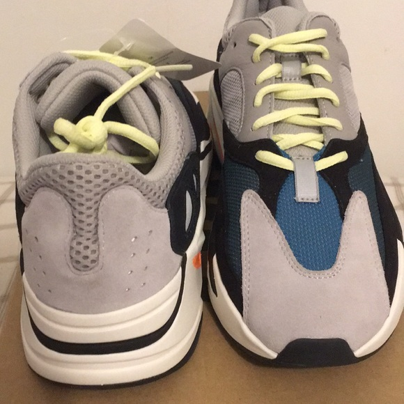468638c61 Adidas Yeezy Boost 700 Wave Runner DS Authentic